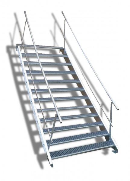 12-stufige Stahltreppe mit beidseitigem Geländer / Breite: 130 cm / Wangentreppe mit 12 Stufen