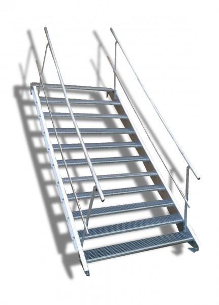 11-stufige Stahltreppe mit beidseitigem Geländer / Breite: 140 cm / Wangentreppe mit 11 Stufen