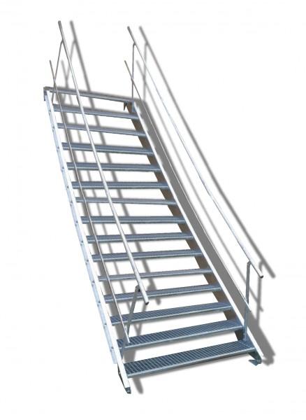 15-stufige Stahltreppe mit beidseitigem Geländer / Breite: 140 cm / Wangentreppe mit 15 Stufen