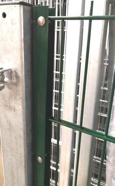 U-Anschlussprofil / Anschlussleiste Moosgrün 103cm zur Zaunmontage an Wand oder Torpfosten