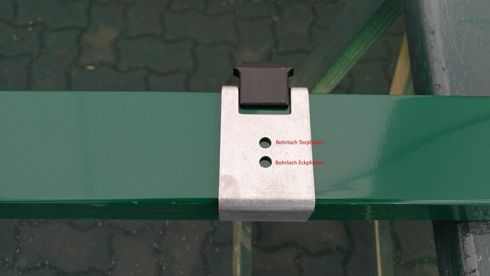 Geckowinkel-zur-Anbringung-von-Zaunfeldern-an-Torpfosten_5